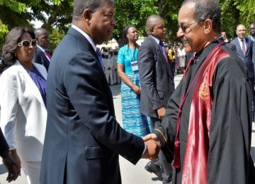Cumprimento do Presidente da República ao Venerando Juíz Presidente do TS